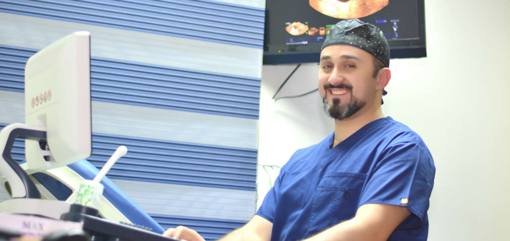 دكتور محمد عبد الفتاح استشارى النساء والتوليد والحقن المجهرى
